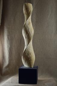 2018.13 Bruno Bienfait, torsion, cyprès, h 120 cm.