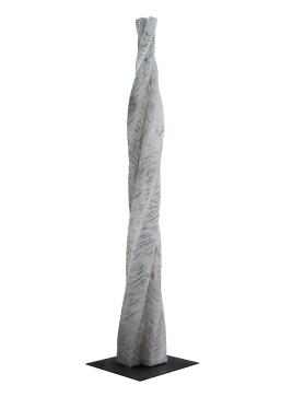 2018.15 Bruno Bienfait, torsion, cyprès, h 230 cm.